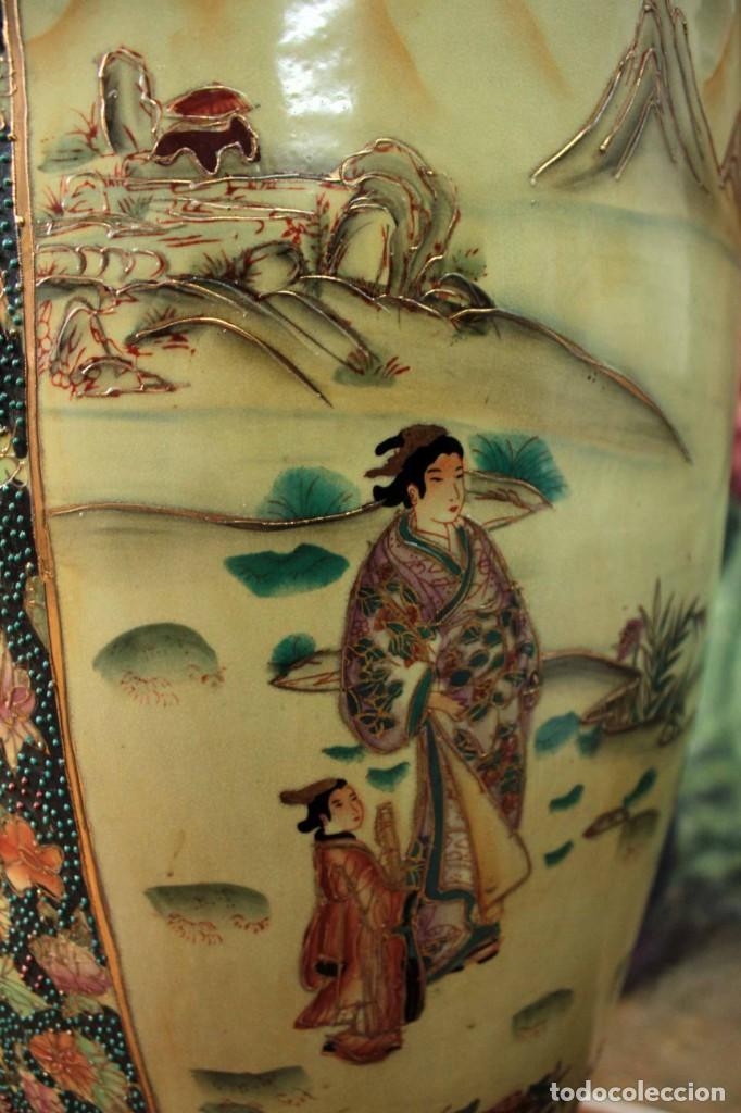 Antigüedades: Gran jarrón estilo Satsuma. Decorado a mano. Con certificado. 81cm(sin contar pie) China - Foto 16 - 271866438