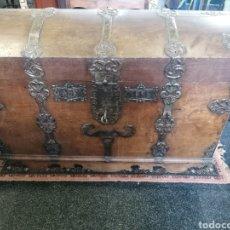 Antigüedades: ESPECTACULAR BAÚL INGLÉS DE 1868. Lote 271867203