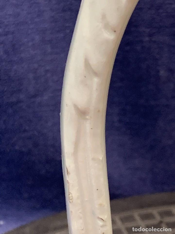 Antigüedades: JARRA CERAMICA MOTIVOS HOJAS RAMILLETE FLORES MARRON VERDE AMARILLO AZUL Nº2 LEVANTE 21X17CMS - Foto 2 - 271871083