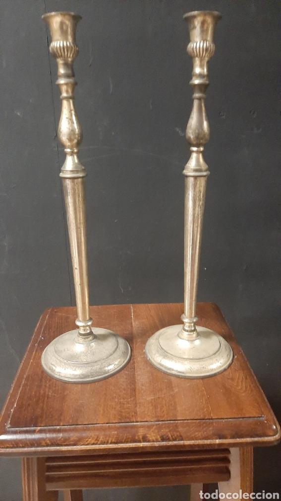 PAREJA DE CANDELABROS DR BRONCE CANDELABROS PORTAVELAS DE 35X11 CM (Antigüedades - Iluminación - Candelabros Antiguos)