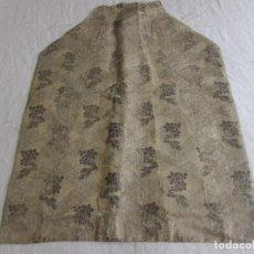 Antiquités: SEDA BROCADA S.XIX EN TONO PLATA. Lote 272442093