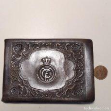 Antigüedades: CARTERA DE PIEL MUY ANTIGUA REAL MADRID. Lote 272553543