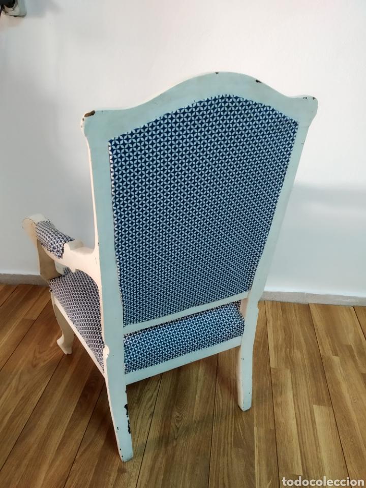 Antigüedades: Antigua silla época alfonsina ,realizado en blanco y tapizada posterior , - Foto 2 - 272565953