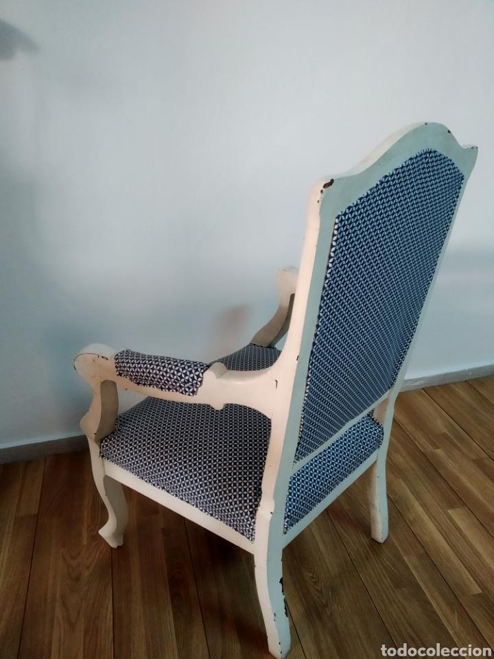 Antigüedades: Antigua silla época alfonsina ,realizado en blanco y tapizada posterior , - Foto 3 - 272565953