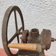 Antigüedades: ANTIGUA MOLEDORA MAIZ ZADA. Lote 272786438