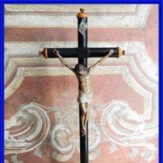 Antigüedades: ANTIGUO CRISTO EN LA CRUZ DE MADERA EBANIZADA. Lote 272865688