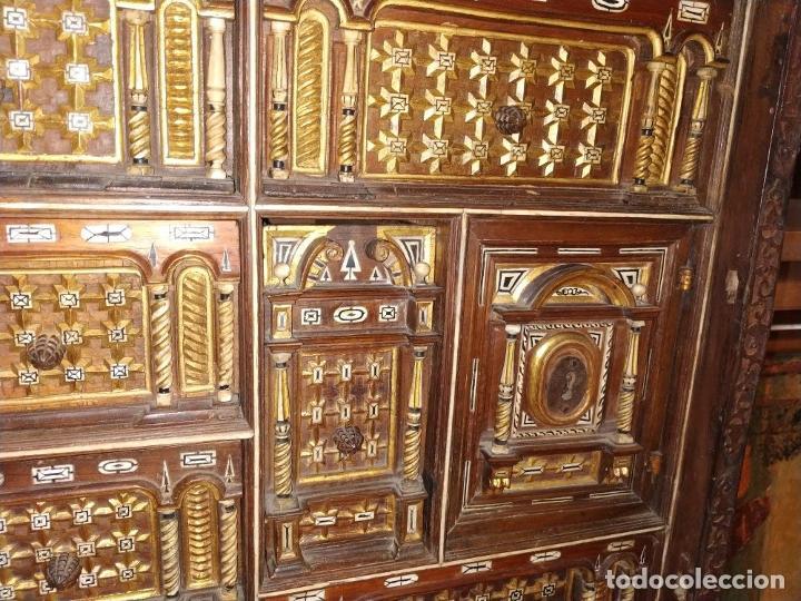 Antigüedades: EXCEPCIONAL BARGUEÑO CASTELLANO. ESTILO VARGAS. NOGAL. HERRAJES ORIGINALES. ESPAÑA. SIGLO XVII - Foto 11 - 273114633