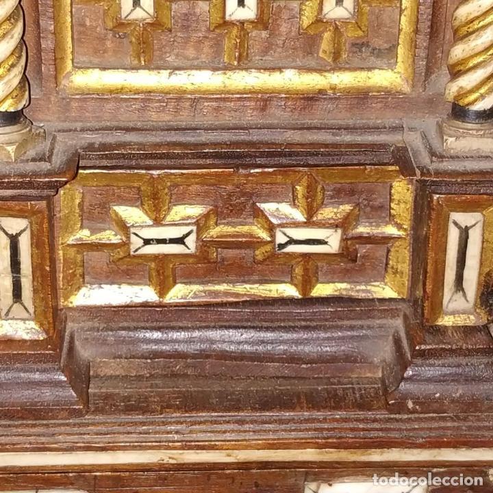 Antigüedades: EXCEPCIONAL BARGUEÑO CASTELLANO. ESTILO VARGAS. NOGAL. HERRAJES ORIGINALES. ESPAÑA. SIGLO XVII - Foto 12 - 273114633