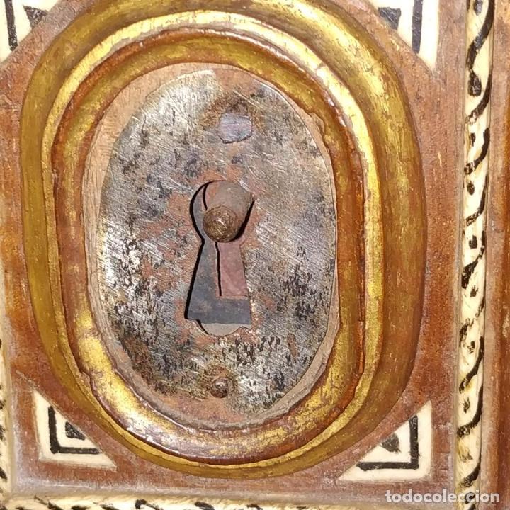 Antigüedades: EXCEPCIONAL BARGUEÑO CASTELLANO. ESTILO VARGAS. NOGAL. HERRAJES ORIGINALES. ESPAÑA. SIGLO XVII - Foto 16 - 273114633