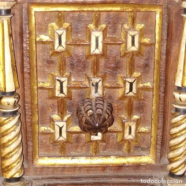 Antigüedades: EXCEPCIONAL BARGUEÑO CASTELLANO. ESTILO VARGAS. NOGAL. HERRAJES ORIGINALES. ESPAÑA. SIGLO XVII - Foto 19 - 273114633