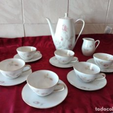 Antigüedades: PRECIOSO SERVICIO DE CAFÉ DE PORCELANA WINTERLING ROSLAU, BAVARIA,DECORADO CON PEQUEÑAS ROSAS,14 PIZ. Lote 273128238