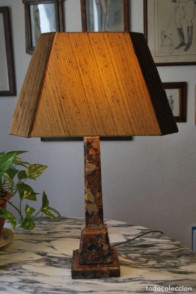 INCREÍBLE LÁMPARA OBELISCO DE BRECHA DA ARRÁBIDA - PIEDRA - MARMOL - PORTUGAL - AÑOS 30 (Antigüedades - Iluminación - Lámparas Antiguas)