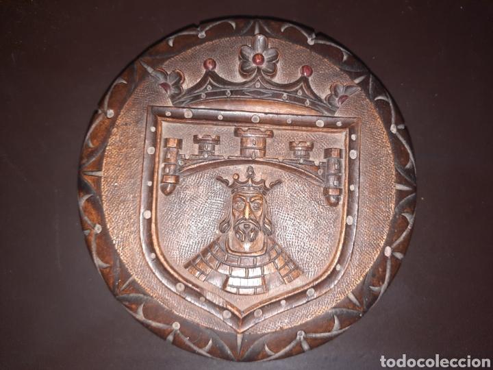 CAJA DE MADERA REDONDA,19.7 CM. (Antigüedades - Hogar y Decoración - Cajas Antiguas)