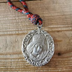Antigüedades: SEMANA SANTA SEVILLA, ANTIGUA MEDALLA CON CORDON HERMANDAD DE LA AMARGURA. Lote 273607983