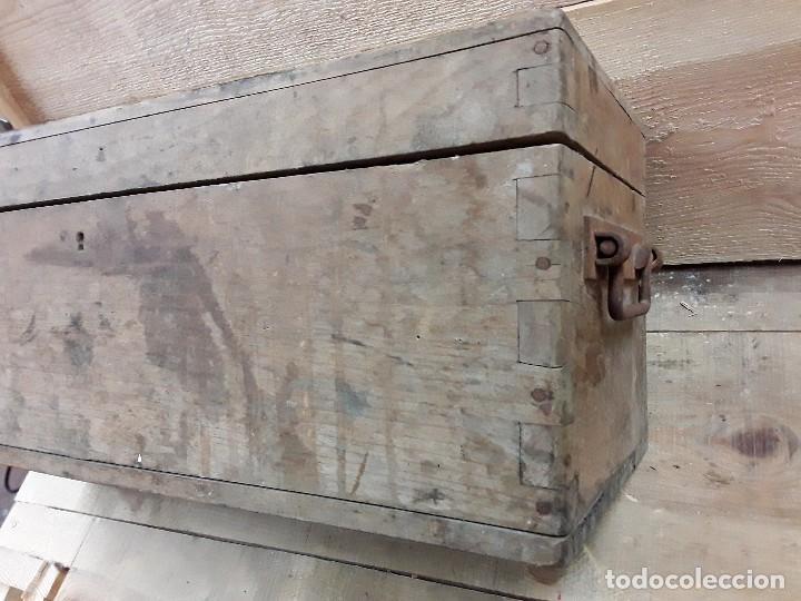 Antigüedades: Baúl para munición. - Foto 2 - 273655658