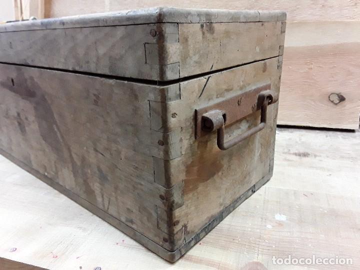 Antigüedades: Baúl para munición. - Foto 3 - 273655658