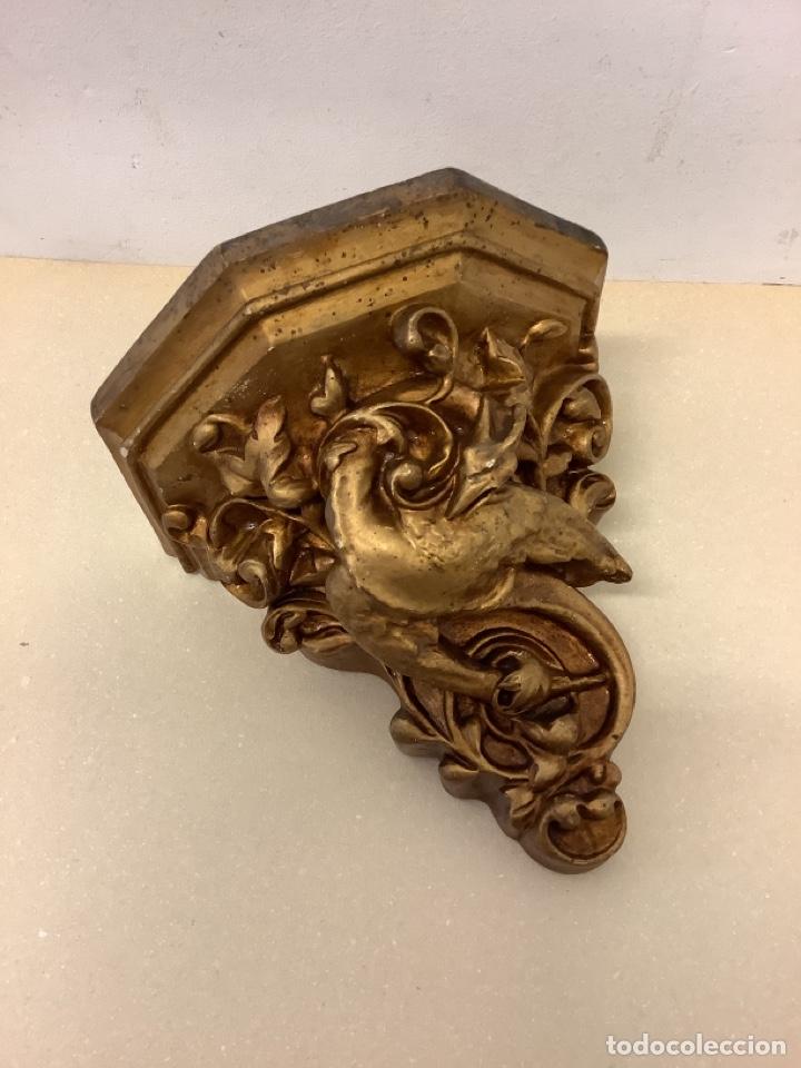 ANTIGUA MENSULA ESTUCO CON TRASERA DE MADERA (Antigüedades - Muebles Antiguos - Ménsulas Antiguas)