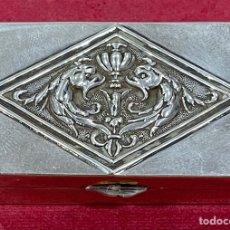 Antigüedades: PRECIOSA CAJA DE PLATA DE LEY.. Lote 273952708