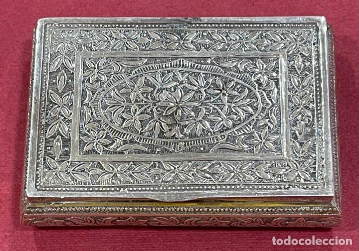 MAGNÍFICA CAJA ANTIGUA EN PLATA DE LEY. (Antigüedades - Platería - Plata de Ley Antigua)