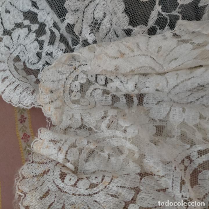 Antigüedades: 160 x 51cm antigua mantilla RECTANGULAR blonda encajes ideal virgen tocado semana santa boda - Foto 5 - 273992558