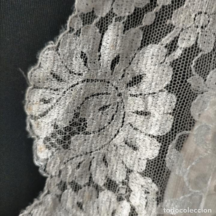 Antigüedades: 160 x 51cm antigua mantilla RECTANGULAR blonda encajes ideal virgen tocado semana santa boda - Foto 12 - 273992558