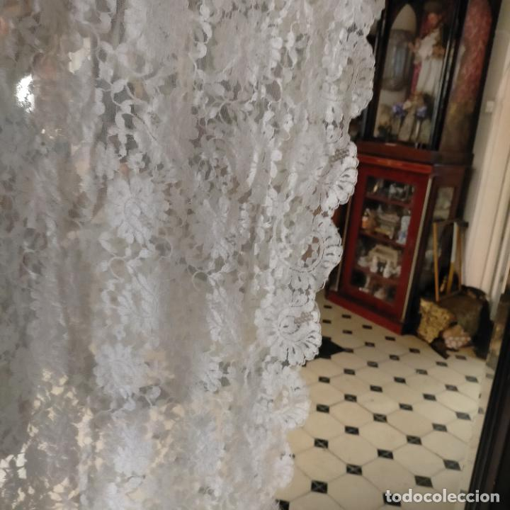 Antigüedades: 160 x 51cm antigua mantilla RECTANGULAR blonda encajes ideal virgen tocado semana santa boda - Foto 19 - 273992558