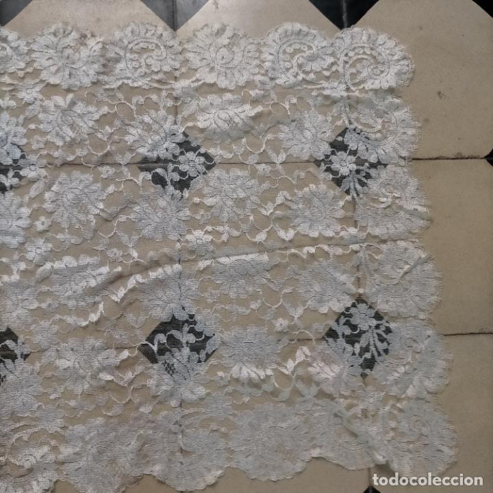 Antigüedades: 160 x 51cm antigua mantilla RECTANGULAR blonda encajes ideal virgen tocado semana santa boda - Foto 23 - 273992558