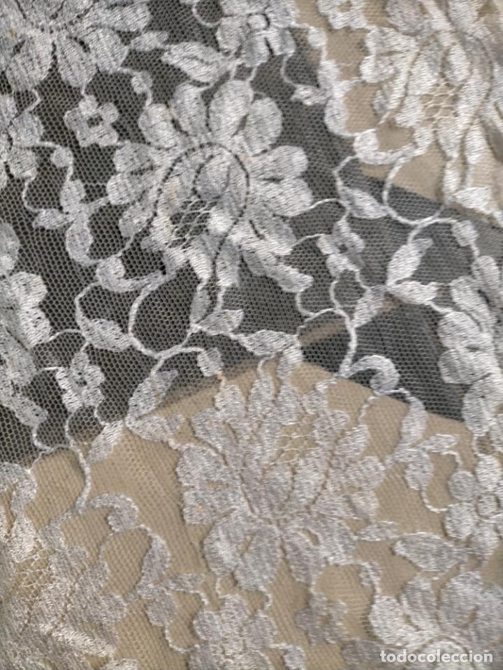 Antigüedades: 160 x 51cm antigua mantilla RECTANGULAR blonda encajes ideal virgen tocado semana santa boda - Foto 25 - 273992558