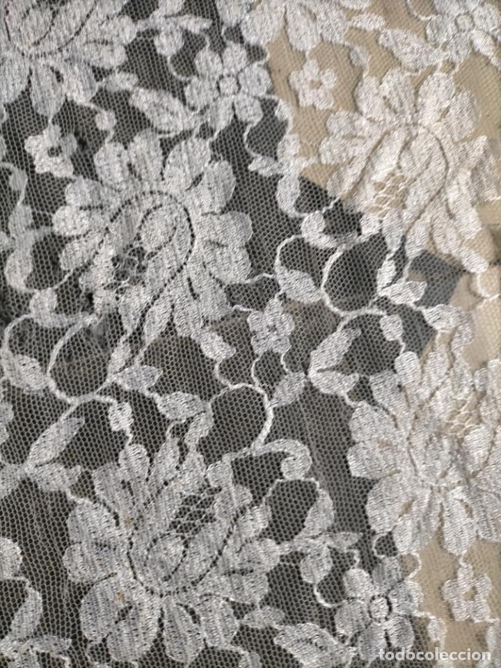 Antigüedades: 160 x 51cm antigua mantilla RECTANGULAR blonda encajes ideal virgen tocado semana santa boda - Foto 26 - 273992558