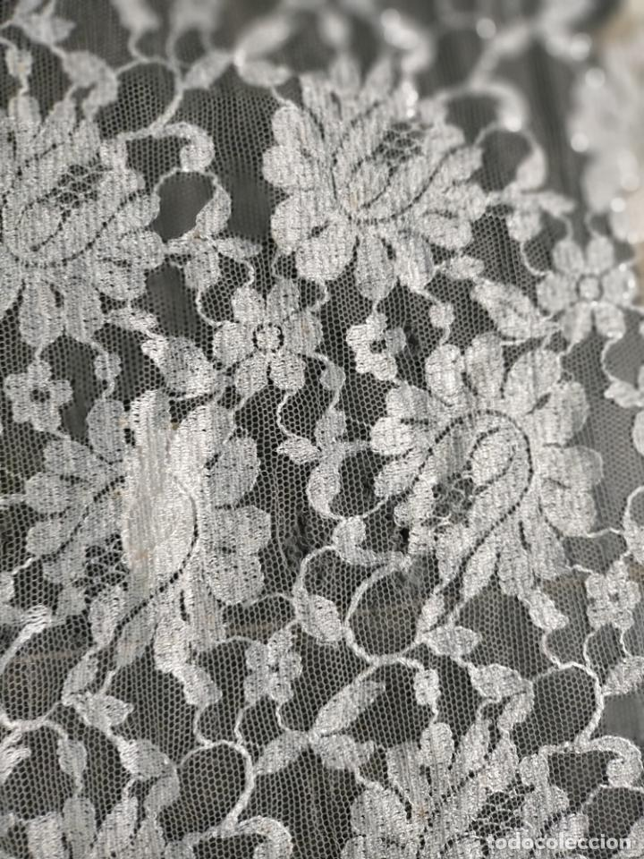 Antigüedades: 160 x 51cm antigua mantilla RECTANGULAR blonda encajes ideal virgen tocado semana santa boda - Foto 32 - 273992558