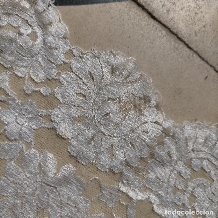 Antigüedades: 160 x 51cm antigua mantilla RECTANGULAR blonda encajes ideal virgen tocado semana santa boda - Foto 37 - 273992558