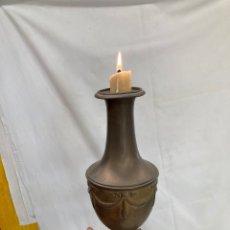 Antiquités: ANTIGUO Y GRAN CANDELABRO DE LATON!. Lote 274024498