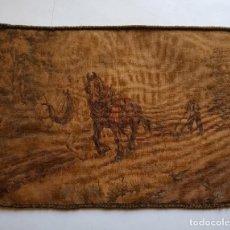 Antigüedades: ANTIGUO Y PEQUEÑO TAPIZ, CON ESCENAS DE LABRANZA, MEDIDAS 44 X 32 CM. Lote 274025173
