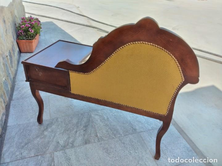 Antigüedades: Antiguo sofá con mesa para teléfono con 1 cajón, estilo isabelino ,madera noble. sirca 1930 - Foto 9 - 274182758