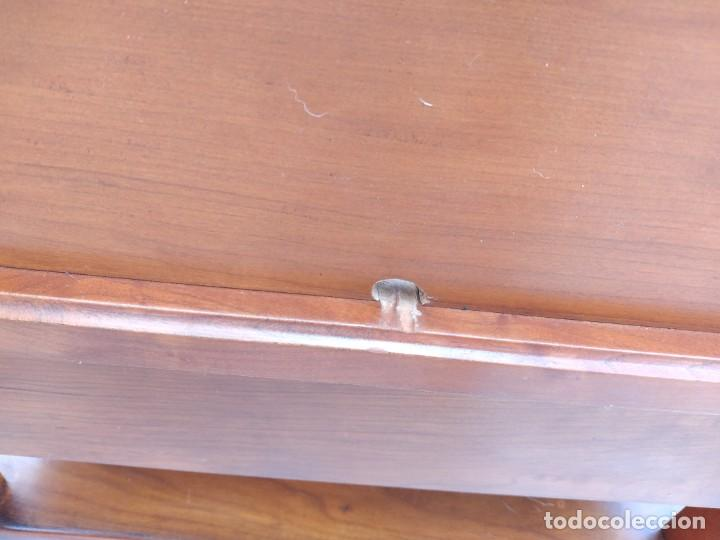 Antigüedades: Antiguo escritorio auxiliar con bandeja ,cajones y porta cartas. años 20/30 - Foto 14 - 274184613