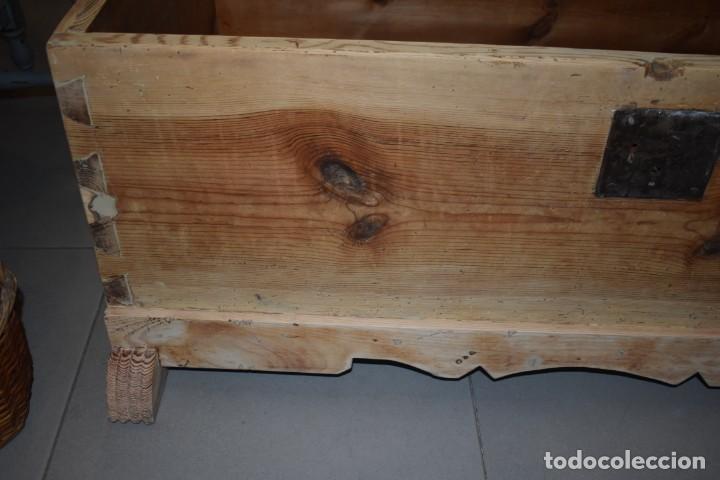 Antigüedades: ANTIGUO BAÚL EN MADERA NATURAL - Foto 13 - 274191328