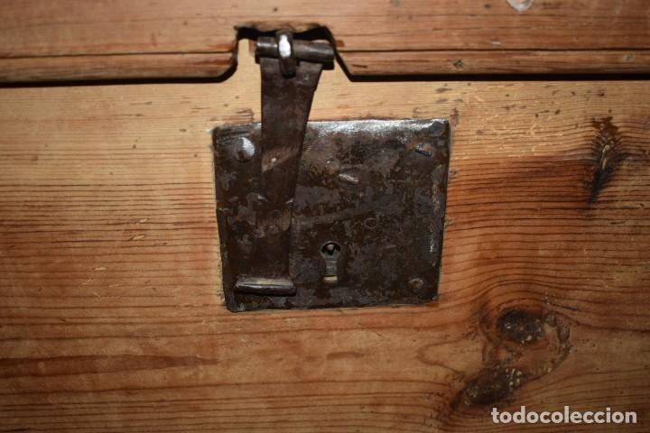 Antigüedades: ANTIGUO BAÚL EN MADERA NATURAL - Foto 20 - 274191328