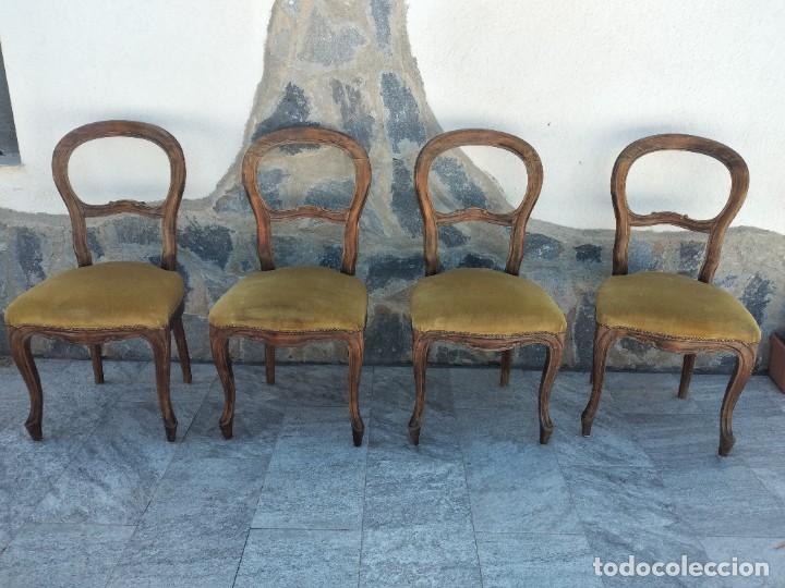 LOTE DE 4 SILLAS ESTILO ISABELINO DE MADERA NOBLE,TAPIZADO TERCIOPELO VERDE. (Antigüedades - Muebles Antiguos - Sillas Antiguas)