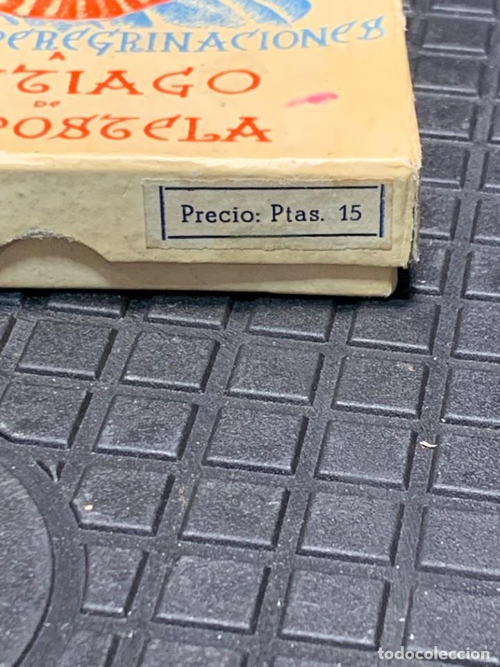 Antigüedades: EMBLEMA PEREGRINACIONES SANTIAGO DE COMPOSTELA CONCHA AUTENTICA 1954 AÑO SANTO JACOBEO 11X8CMS - Foto 5 - 274345093