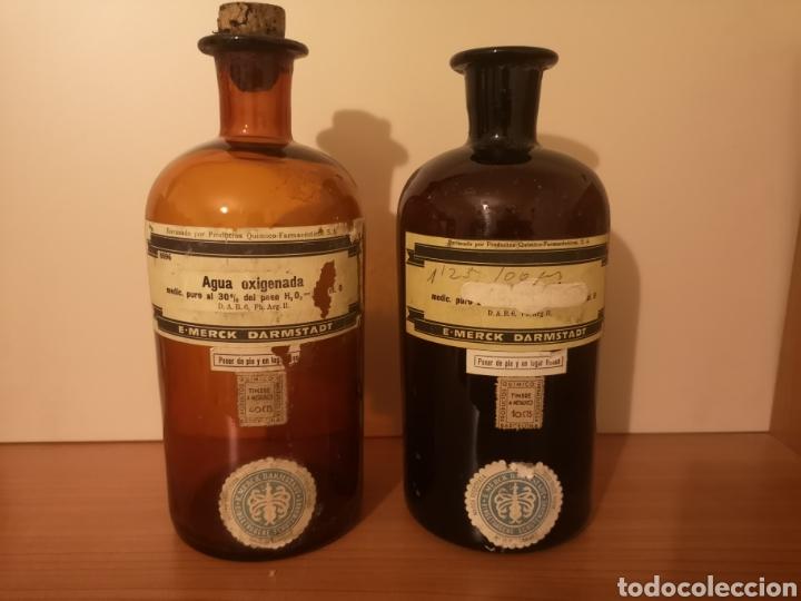 2 BOTELLAS AGUA OXIGENADA MERCK DARMSTADT (Antigüedades - Cristal y Vidrio - Farmacia )