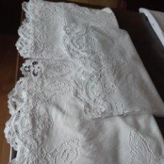 Antigüedades: ANTIGUA SABANA CON FUNDA BORDADA A RICHELIEU.. Lote 275129188