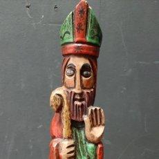 Antiguidades: ANTIGUA ESCULTURA DE REY CATÓLICO POLICROMADA. Lote 275207463