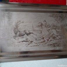 Antigüedades: ESPECTACULAR BANDEJA DE CAZADOR EN CABALLO CON PERROS DETRÁS DE UN CIERVO . INOX 18/8 PRECIOSA. Lote 275295338
