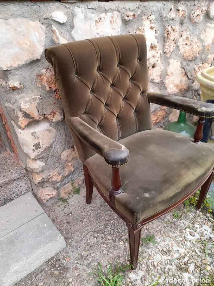 Antigüedades: BUTACA CON CAPITONÉ - Foto 2 - 275674608