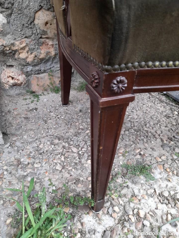 Antigüedades: BUTACA CON CAPITONÉ - Foto 3 - 275674608