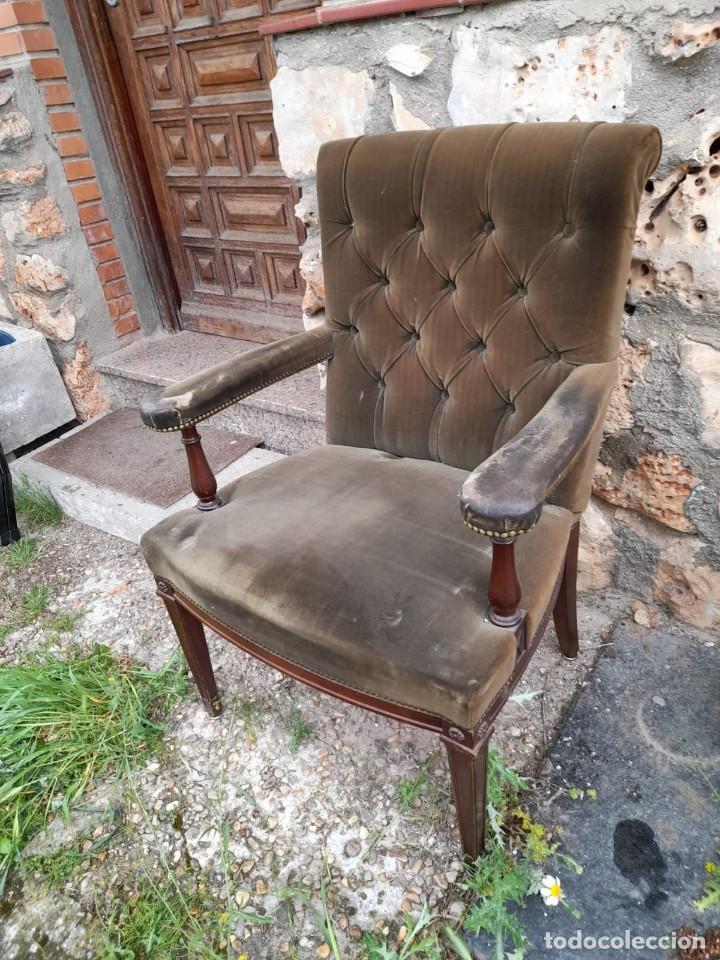 Antigüedades: BUTACA CON CAPITONÉ - Foto 4 - 275674608