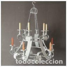 Antiquités: GRAN CANDELABRO COLGANTE PARA JARDIN DE 12 VELAS ESTILO REGENCIA EN METAL PATINADO GRIS. Lote 275697488