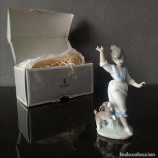Antiquités: FIGURA DE PORCELANA LLADRO MODELO WENSDAY ´S CHILD AÑO 1994 EN CAJA ORIGINAL. Lote 275708543
