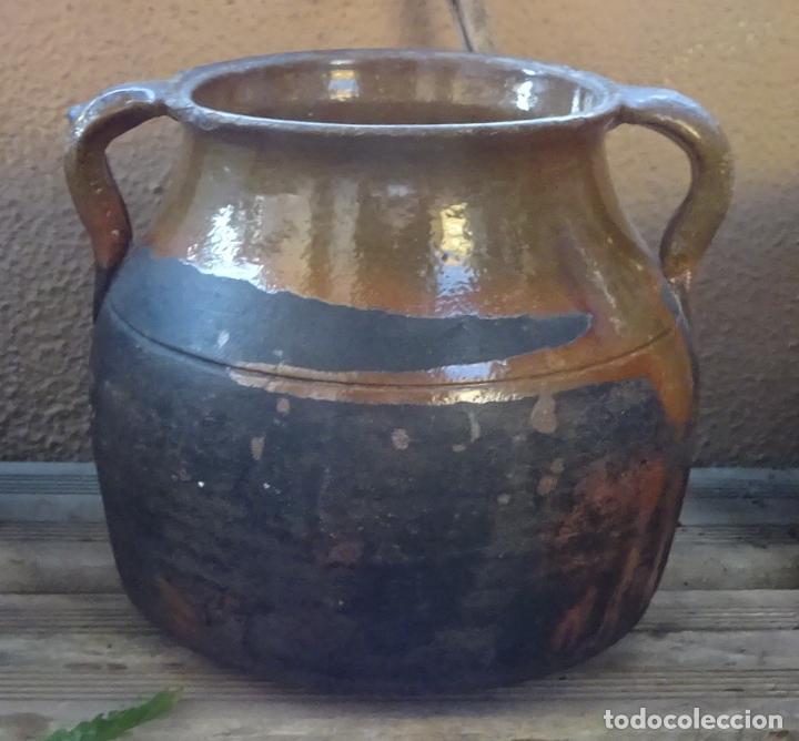 OLLA DE TERRACOTA BARNIZADA EN SU INTERIOR Y PARCIALMENTE EN SU EXTERIOR. ALTURA 18 CM (Antigüedades - Porcelanas y Cerámicas - Otras)