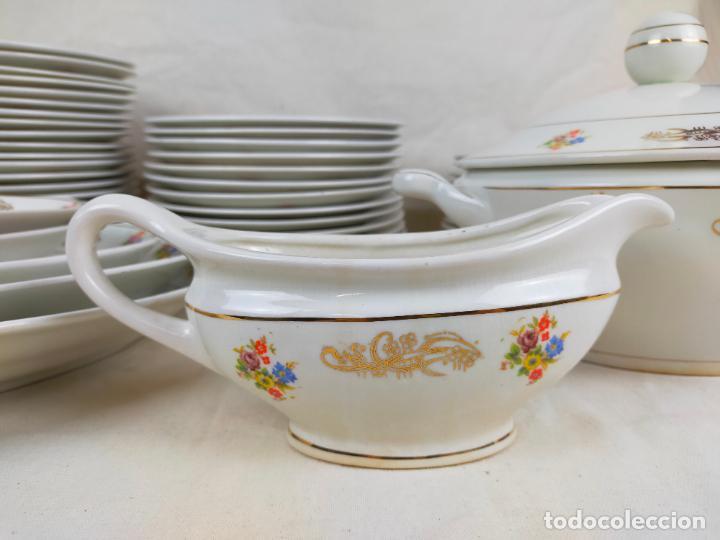 Antigüedades: vajilla porcelana royal china vigo platos y bandejas - ribete dorado - Foto 2 - 275879953